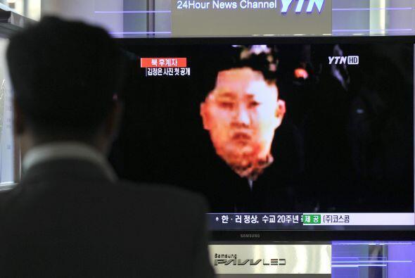 """31 marzo.- El líder norcoreano, Kim Jong-un, defiende la ampliación """"cua..."""