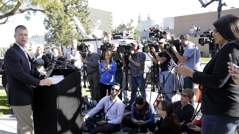 El teniente Jeff Hallock de OCSD habla sobre los fugados en California