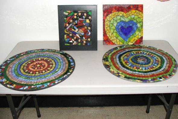 Hay pinturas, mosaicos, esculturas y más.