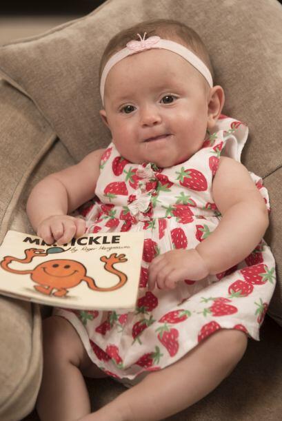 Un libro salvó la vida de una bebé prematura.