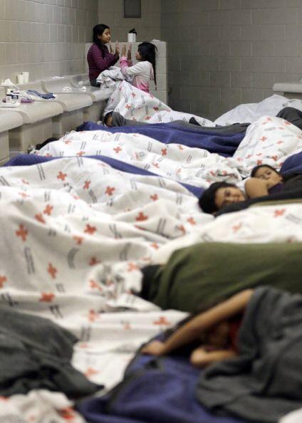 De un año para acá el número de inmigrantes que llegan a EEUU ha rebasad...