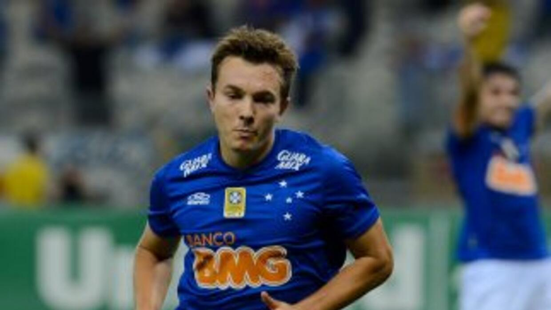 Dagoberto anotó el gol del triunfo para Cruzeiro.