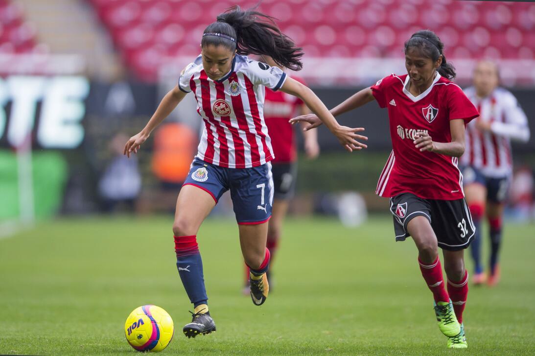 En Fotos: Chivas se lleva el 'Clásico Tapatío' en la Liga MX Femenil 201...