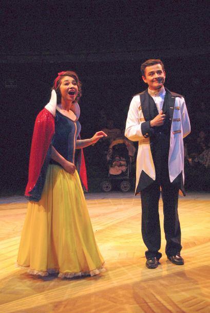 Luján adora que los niños la vean en estas obras de teatro familiares.