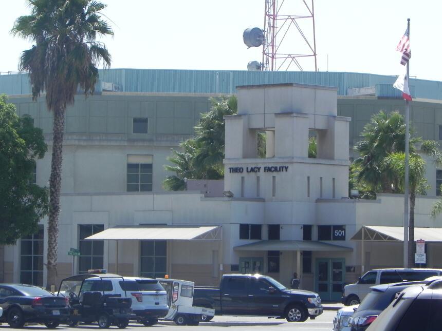 La cárcel Theo Lacy es considerada la peor para inmigrantes en California.