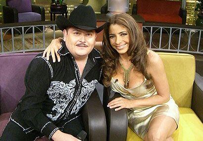 Pilar y 'El Compa Chuy' hacen buena mancuarna en el 'show'.