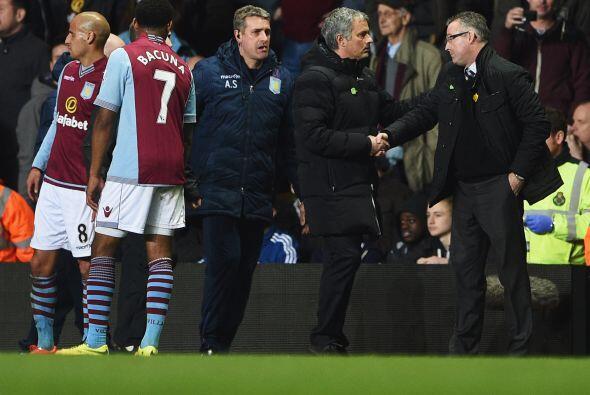 Mourinho no se quiso ir sin despedirse de Lamberg y agradecerle por el b...