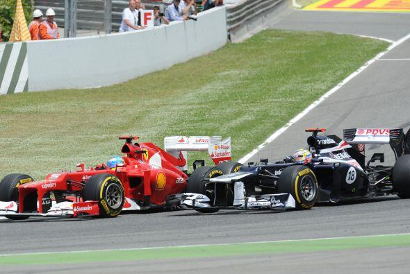 A pesar de que el piloto de Ferrari cambió de estrategia, no logr...