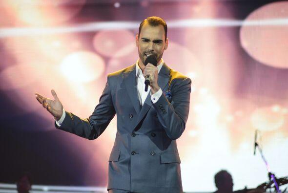 """A Arias le tocó cantar """"Tú de qué vas"""" en la ronda romántica."""