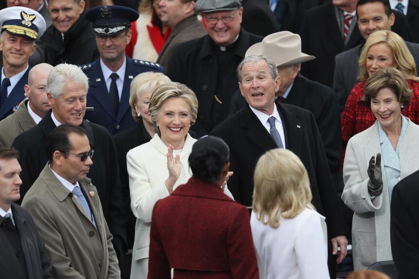 George W. Bush habla de su gran amiga... Michelle Obama GettyImages-6322...