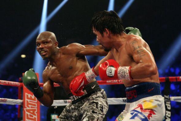 La mayor parte de la pelea Bradley buscó un golpe decisivo que nunca llegó.