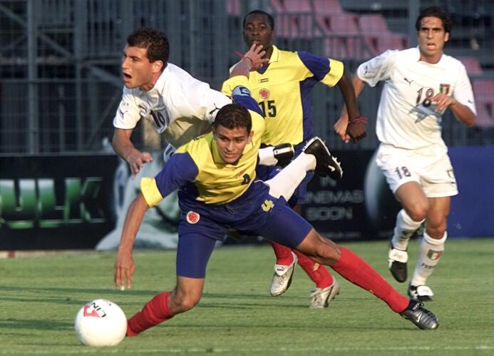 José Julián De La Cuesta llegó a España muy chico y debutó en el 2003 co...