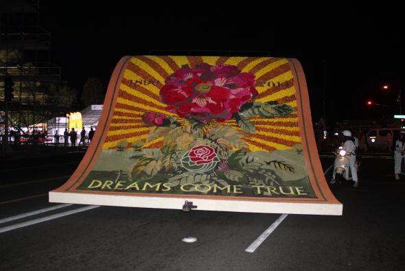 ¡Florido amanecer del 2014! ¿Te imaginas comenzar el año con un recorrid...