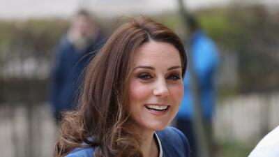 Joyas y un tatuaje: Los detalles de Kate Middleton que se robaron la atención en una visita oficial