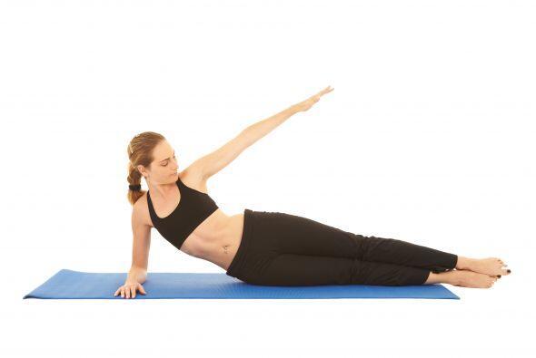 Lo que tienes que hacer son flexiones, pero en esta ocasión, las piernas...