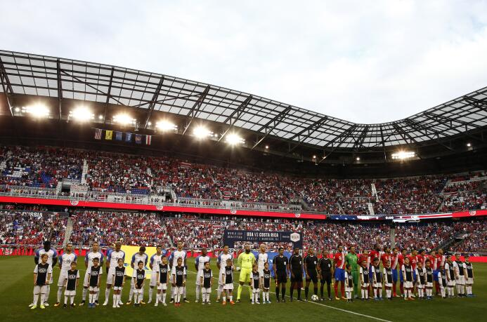 Costa Rica pegó duro en el Red Bull Arena y complicó al Team USA GettyIm...