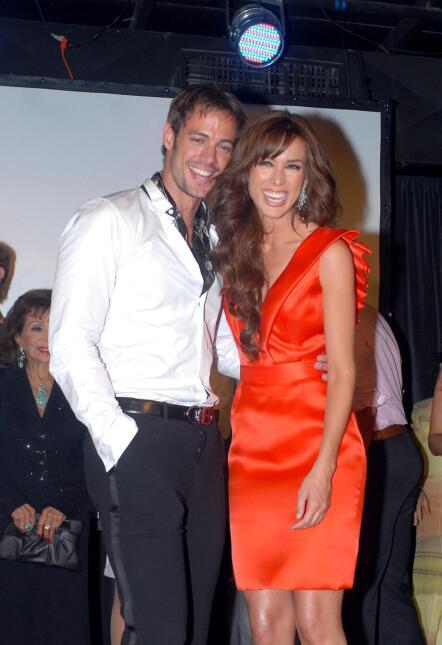 Jacqueline Bracamontes y William Levy