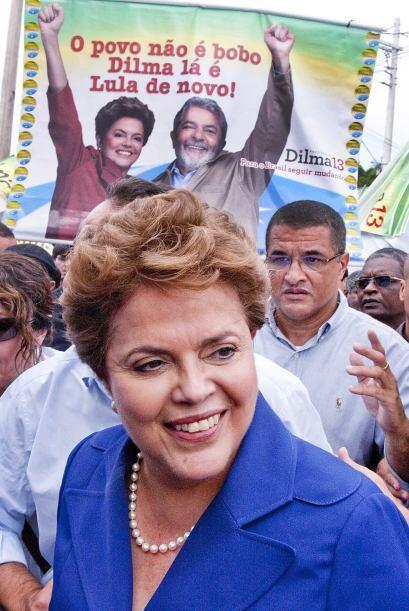 Otra política, Dilma Rousseff, candidata a suceder a Luiz Inácio Lula da...