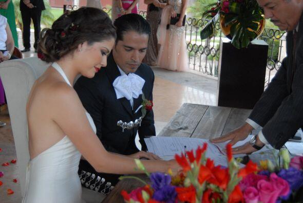 Ana Patricia y Luis Carlos quedaron legalmente unidos en matrimonio.