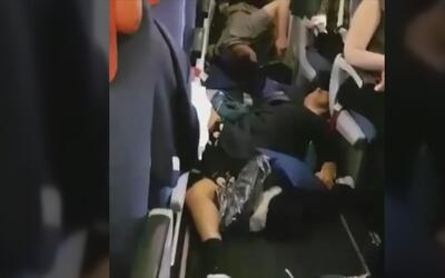 Fuertes turbulencias dejan al menos 25 heridos en un vuelo de Moscú a Ba...