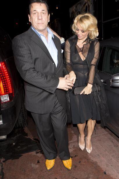 Pamela Anderson volvió a los brazos de un ex amor...
