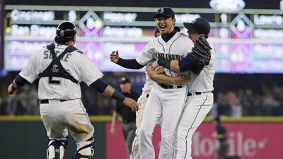 Segundo japonés en lanzar un no hit en las Grandes Ligas