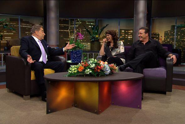"""Don Francisco recibe al elenco de """"El Triunfo del amor"""",  quienes hablan..."""