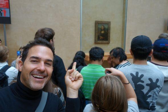 Aquí, Calderón pudo ver de cerca la Mona Lisa de Leonardo da Vinci.