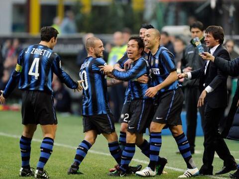 Una jornada más de la Liga italiana, la 28, vio caer goles al por...