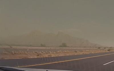 Precauciones en la carretera por tormentas de arena