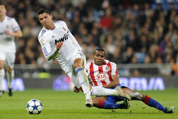 Cristiano Ronaldo insistía de cra a la portería de De Gea, pero con poca...