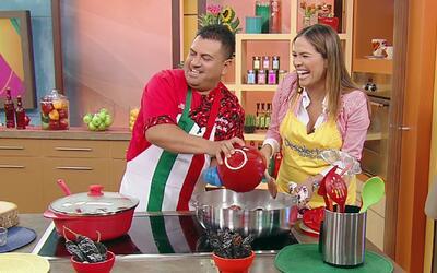 ¡Esta receta de Bistec en Salsa de Pasilla promete sacarle pelo a Alan T...