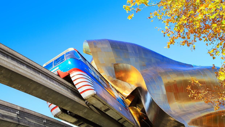 El monorail de Seattle también forma parte del transporte de la ciudad.