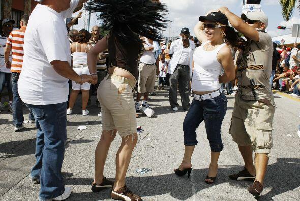 De todos los residentes en el país, los mexicanos son los que dominan en...