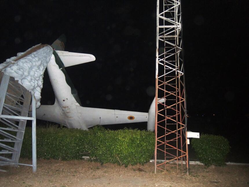 Desesperación y ruinas en la costa ecuatoriana tras el terremoto DSCN206...