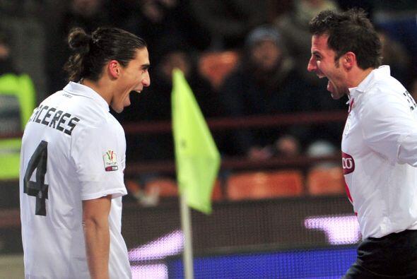 El uruguayo está recién llegado al 'Calcio', proveniente de España, y ar...