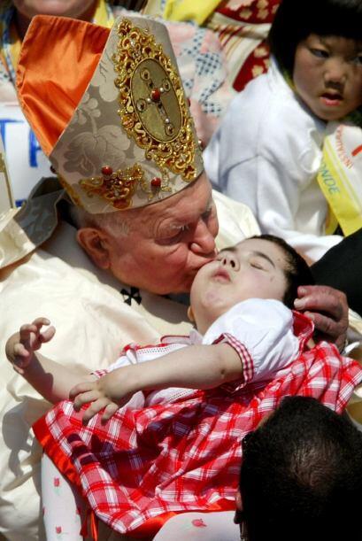 El cariño, la fe y devoción de Juan Pablo II fueron compar...