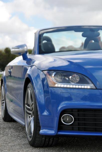 El Audi TTS puede acelerar de 0 a 60 millas por hora en tan sólo 5.2 seg...