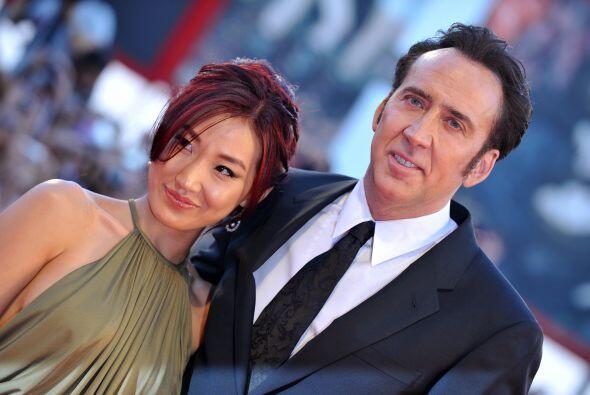 La esposa de Nicolas Cage, Alice Kim,  no se puso a pensar en los 20 año...
