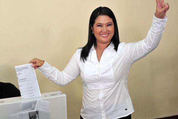 Fujimori del partido Fuerza 2011 lidera la encuesta con 41% de las prefe...