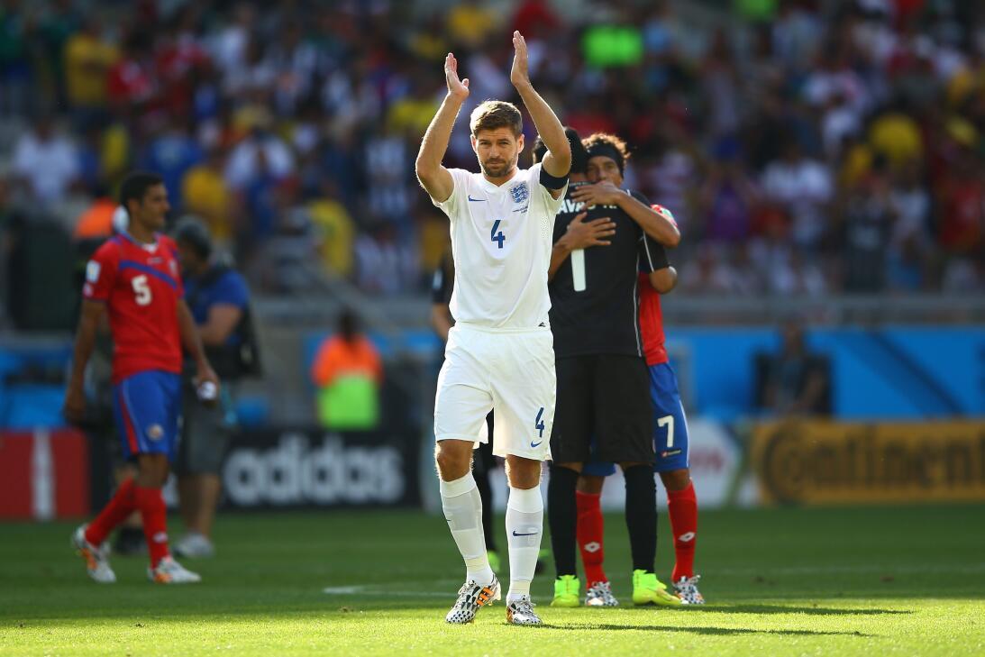 Steven Gerrard: 19 datos en 19 años de carrera ejemplar Último Mundial.jpg