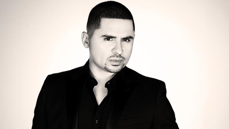 El cantante Larry Hernández tuvo muchos escándalos: se filtraron fotos s...