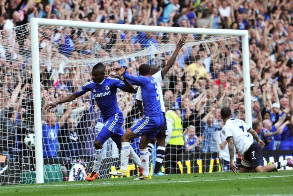 Al final del partido, cuando quedaba un minuto, alomón Kalou anotó para...