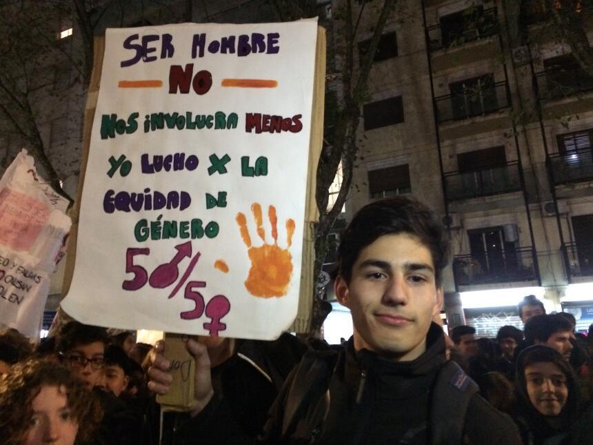 """Las nuevas generaciones parecen tenerlo claro. Para Manuel """"#NiUnaMenos..."""