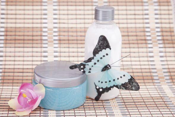 Y cepillo y elementos de baño, en caso de que prefieras que los niños se...