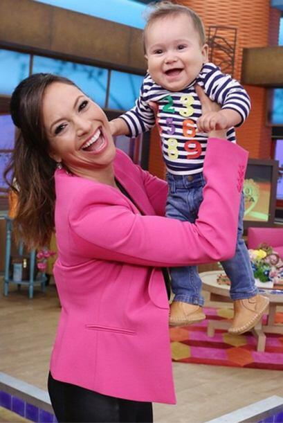 'Una más de la visita de mi #BabyBruceButler a @despiertaamericatv', com...