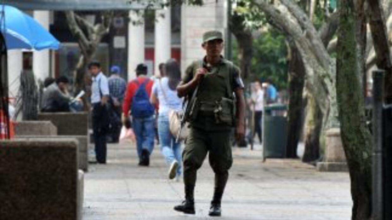 Golpeados por el crimen organizado y la miseria, los guatemaltecos elige...