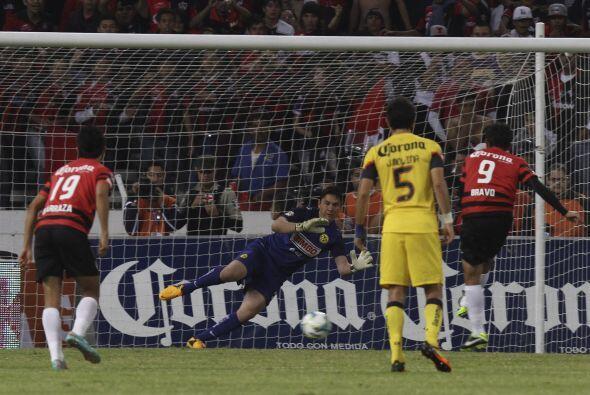 Para el clausura 2013, Miguel Herrera estuvo apunto de alcanzar el paso...