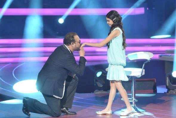 Francisco Céspedes el cantautor estuvo muy feliz por compartir el escena...