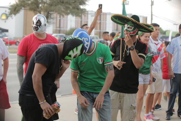 Fans Mex vs Arg Arlington Texas